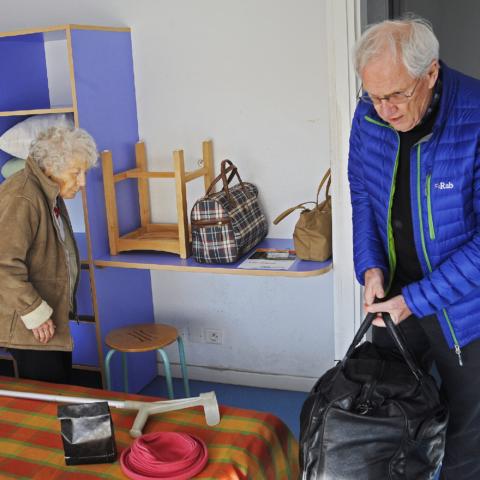 Les Sables d'Olonne et Trébeurden… Le convoyage pour les pensionnés existe !